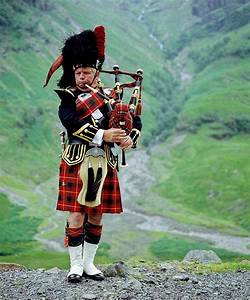 Kilts are more popular SOUTH of the border than North | Daily Mail Online