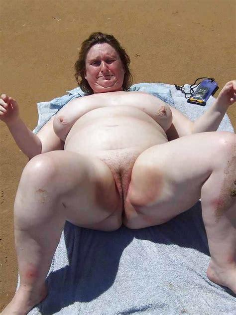 Big Plumper Chubby Mature Wive Teenager Public Fett