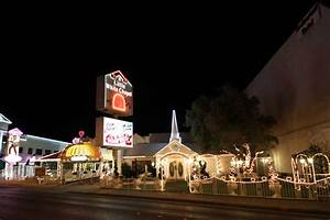 les mariages a las vegas With little wedding chapel las vegas