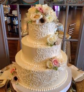buttercream wedding cakes best 25 buttercream wedding cake ideas on 4 tier wedding cakes wedding cakes with