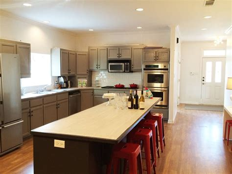 10 foot kitchen island mod ecclectic south downtown vrbo 3794