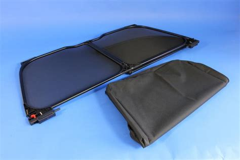 2014 Chrysler 200 Black Mesh Foldable Windscreen, For