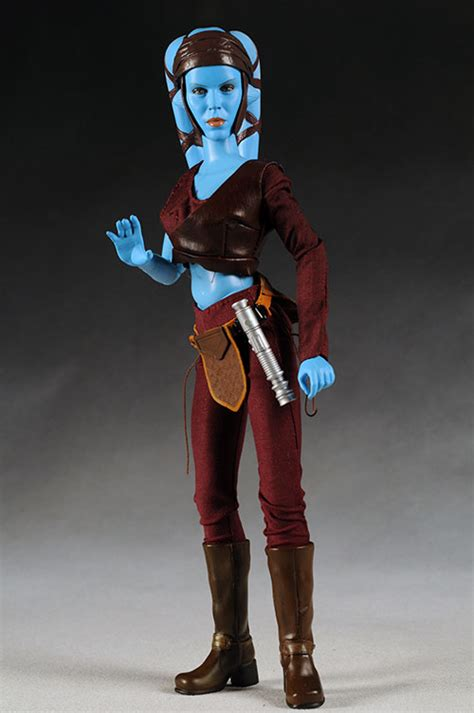 sdcc exclusive star wars aayla secura action figure