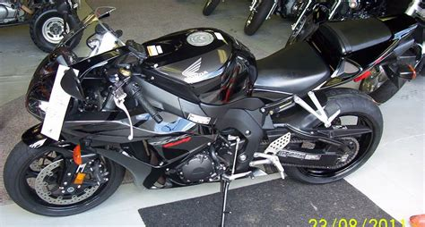 cbr showroom panoramio photo of 2007 honda cbr1000rr quot only 5400 miles
