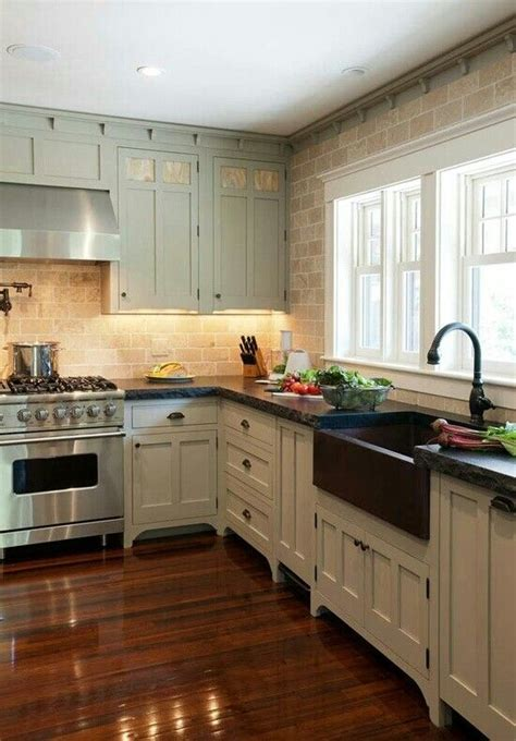 farm house kitchen like the added trim on top kitchen