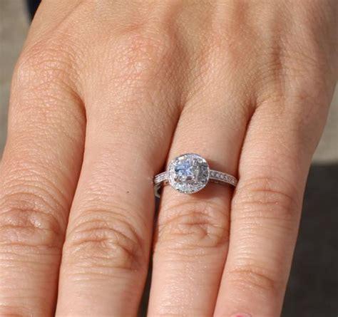halo  diamond engagement ring  cttw  carat