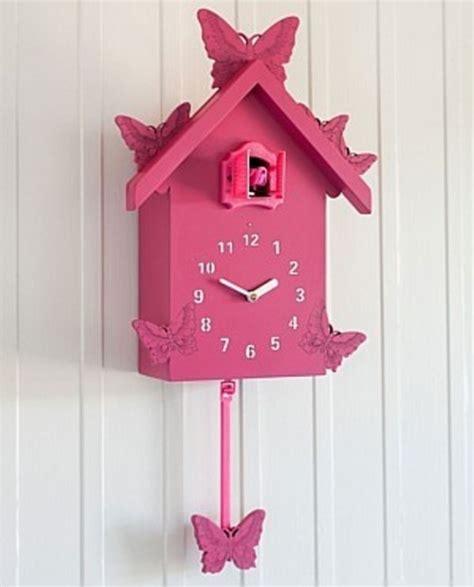 cute cuckoo clocks  decorate  nursery room kidsomania