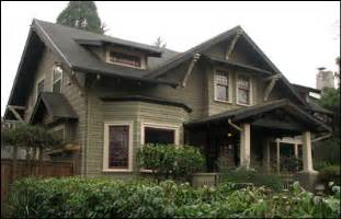 Fresh House Style Characteristics by What Is Craftsman Style Bungalow Arts Crafts