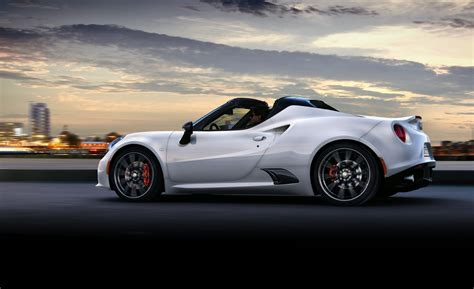 alfa  spider   euro debut  updated coupe