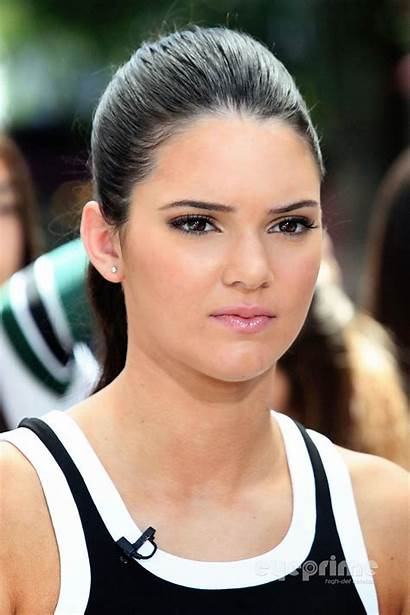 Jenner Kendall Shocking Grove Hollywood Extra August