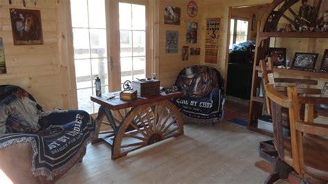 deco chambre cheval un chalet en bois brut livré clé en transformé en ranch