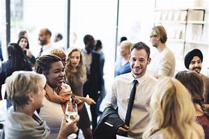 Why Networking in HR Doesn't Work Anymore (And What You ...