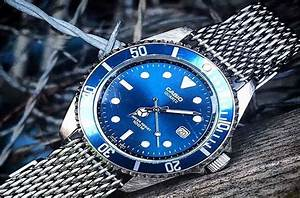 8 Best Watches For Men Under  200
