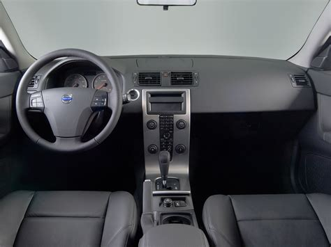 how petrol cars work 2010 volvo s40 interior lighting 2007 volvo s40 reviews research s40 prices specs motortrend