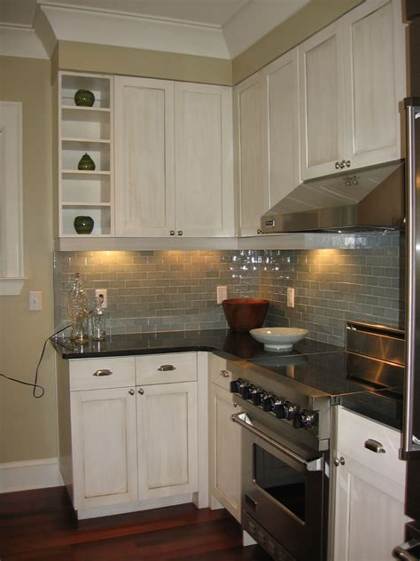 kitchen tiles designs pictures honed absolute black granite countertops gray subway 6298