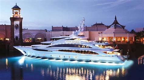 Admire Super Yachts Inside Top Most