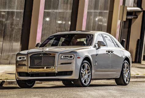 rolls royce ghost 4k ultra hd wallpaper 187 high quality walls