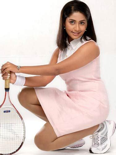 Actress Hot Photos Navya Nair Hot Stills