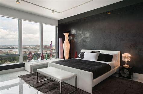 dark  dramatic give  bedroom  glam makeover