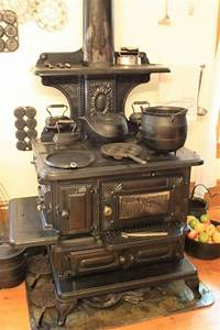 202 best Old Fashioned Stoves images on Pinterest ...