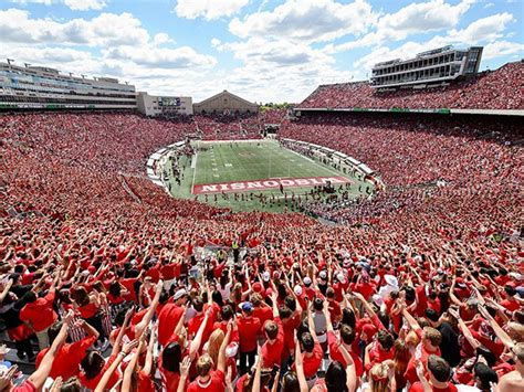 uw badgers football preview isthmus madison wisconsin