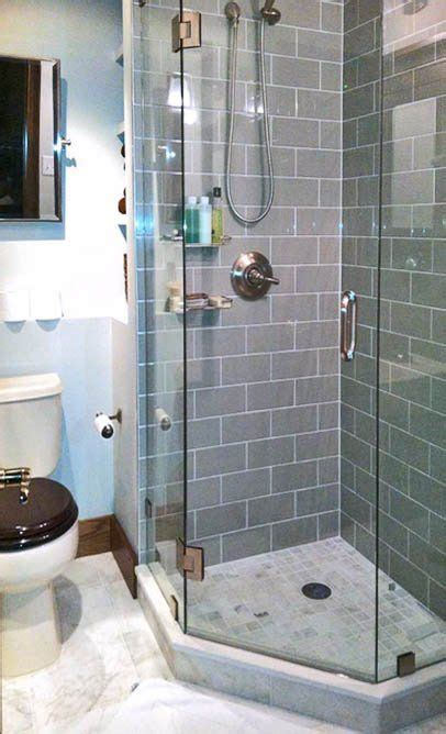 corner shower save room put    door