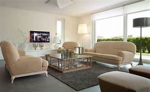 Salon blanc et beige un coin douillet et paisible domine for Tapis de sol avec canape ressorts ensachés