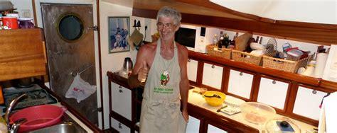 cuisine bateau la cuisine durant une croisière en voilier à madagascar