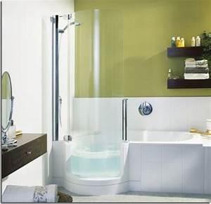 Kleines Bad Mit Wanne : badewanne f r kleines bad 22 sch ne ideen ~ Frokenaadalensverden.com Haus und Dekorationen