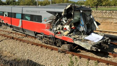 Italian Train Crash Leaves One Dead, 25 Injured (photos