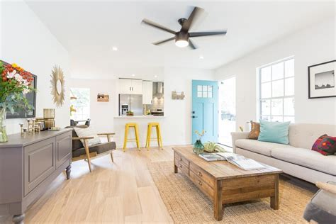 East Austin Modern Farmhouse   Just Completed ? making