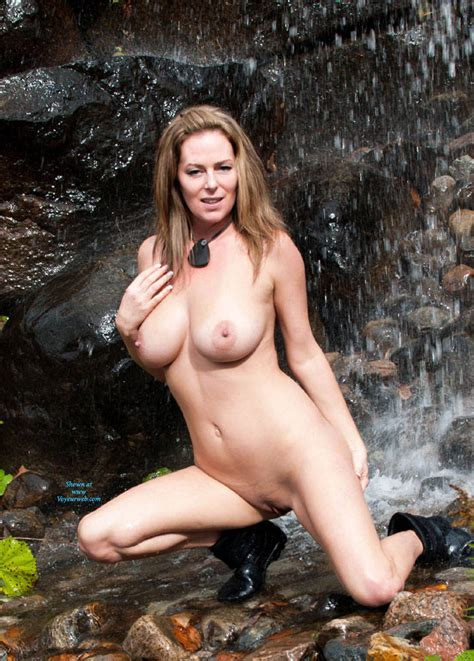 Naked Waterfall Expedition October 2014 Voyeur Web