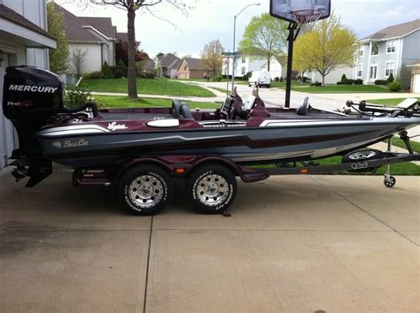 Bass Cat Boat Quality by New Cat In My Garage In Missouri Bass Cat Boats