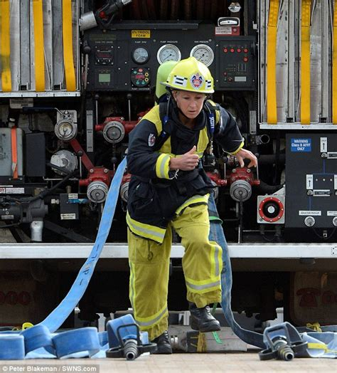 Fire-fighting fit! Woman firefighter, 33, is crowned world ...