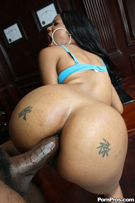 Hot Black Ass Booty Slut Takes Huge Cock Up Her Ass Ghetto Tube