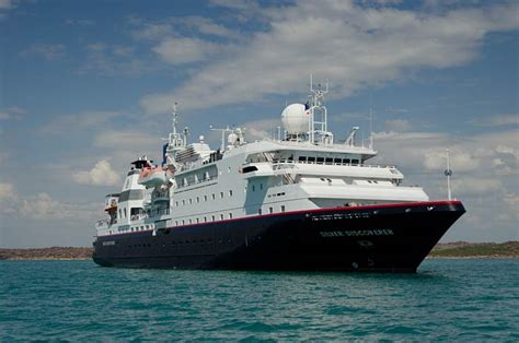 Sea Discoverer Cruise Ship | Fitbudha.com