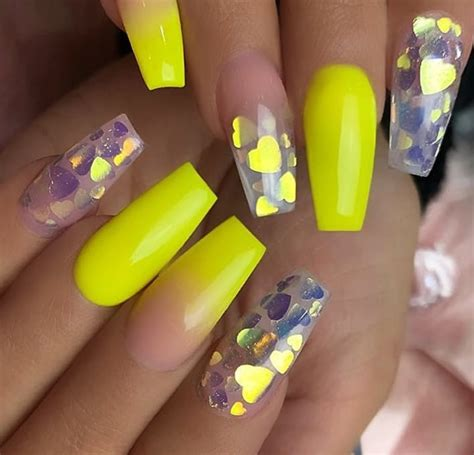 gorgeous natural yellow acrylic nails design spring