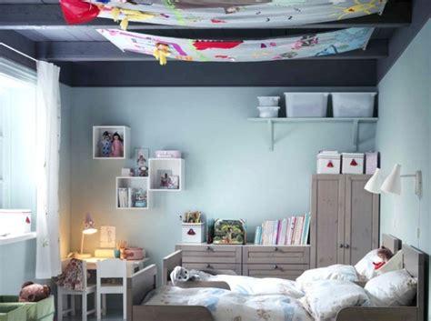 chambre fille mansard décoration chambre mansardee garcon