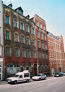 Mehrfamilienhaus Zu Verkaufen : gro es mehrfamilienhaus altbau preiswert zu verkaufen in ~ Lizthompson.info Haus und Dekorationen