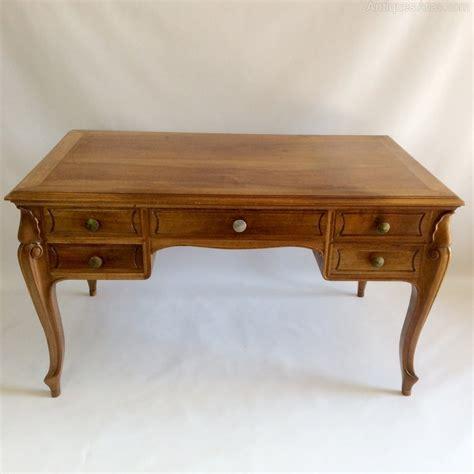 bureau dressing cherry bureau plat dressing table antiques atlas