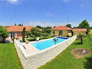 infos sur terrasse surelevee piscine arts et voyages With ordinary transat de piscine design 4 piscine image et photo arts et voyages