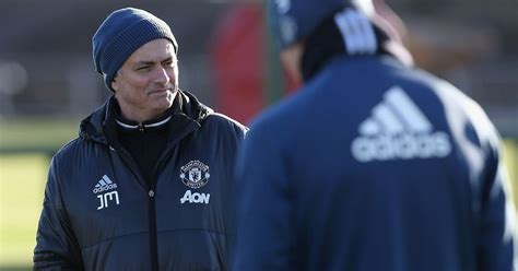 Manchester United line-up news ahead of West Ham EFL Cup ...