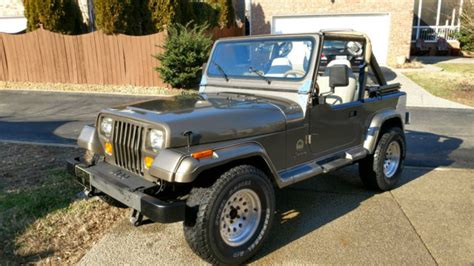 sahara jeep 2 door 1989 jeep wrangler sahara sport utility 2 door 4 2l for