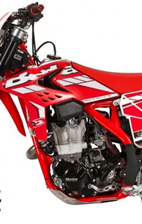 Rr 2t Jari by Beta Enduro 2015 Motociclismo
