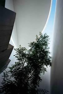 LOVE HOUSE di Takeshi Hosaka