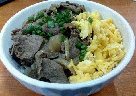 Bagaimana jika membuat masakan dengan berbahan dasar ayam seperti chiken karaage ini. Resep Beef bowl ala yoshinoya HALAL oleh Edi Kruise - Cookpad