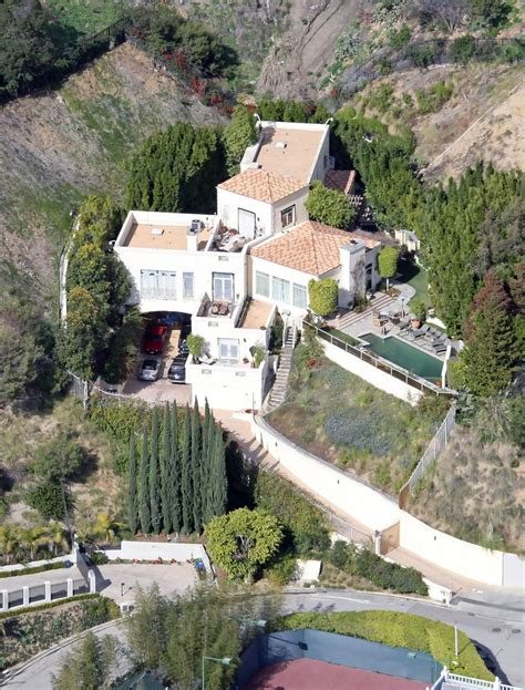 brittany murphy house address brittany murphy photos photos file picture sharon