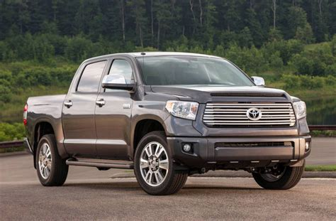 The 2018 toyota tundra is capable of towing up to 6,800 lbs. AUTOREVIEWERS.COM | 2014 Toyota Tundra Crewmax: Trucking ...