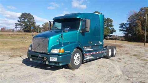 2000 volvo tractor for sale volvo vnl64t 610 2000 sleeper semi trucks