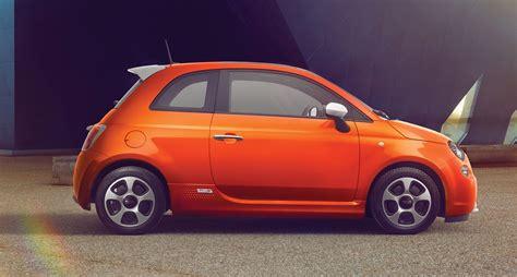 Maybe you would like to learn more about one of these? Fiat 500e je střela, která se rychle prožene městem ...